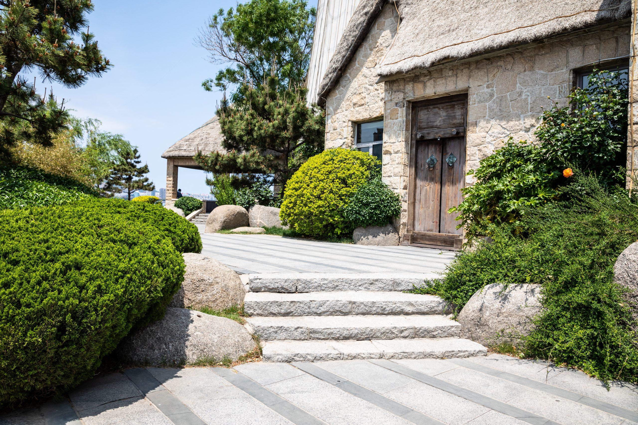The Best Outdoor Flooring Options